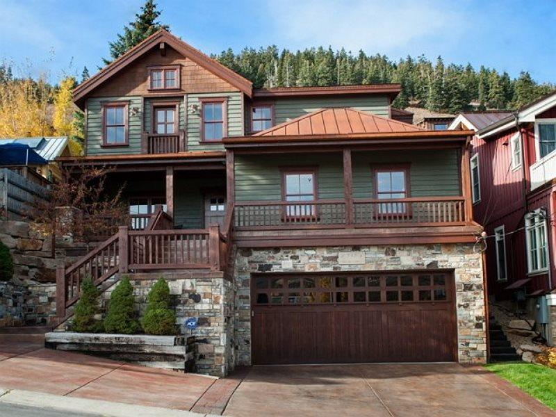 Old Town Masterpiece with Ski-In/Ski-Out from Quit`N Time Ski Run at Park City Mountain Resort - Image 1 - Park City - rentals