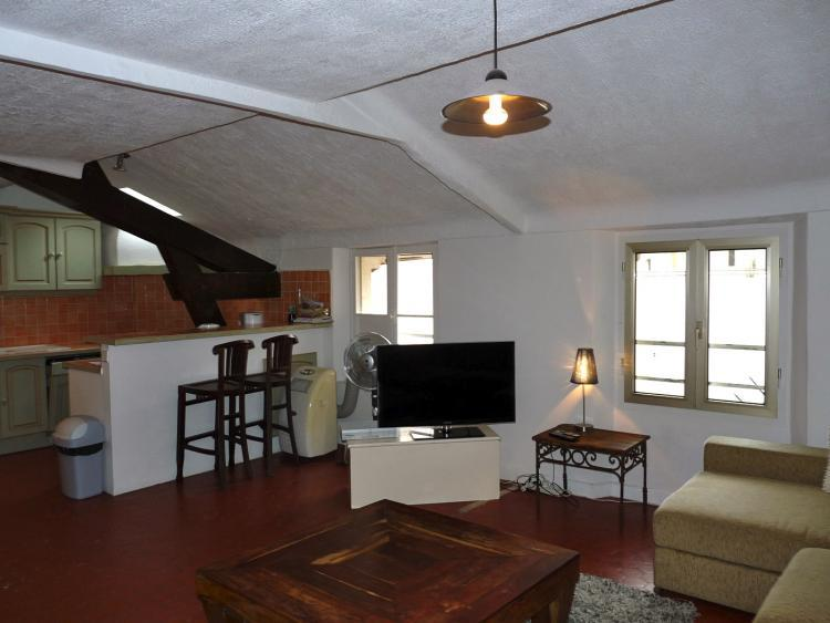 Rue d'Antibes 106 Superb 3 Bedroom Apartment in Cannes - Image 1 - Cannes - rentals