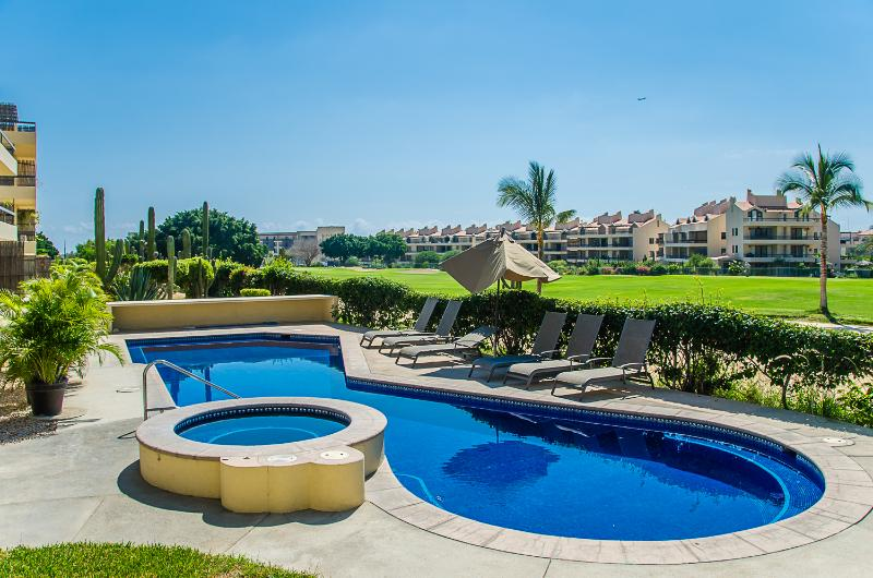 Club La Costa Condo (Car available & soaker tub) - Image 1 - San Jose Del Cabo - rentals