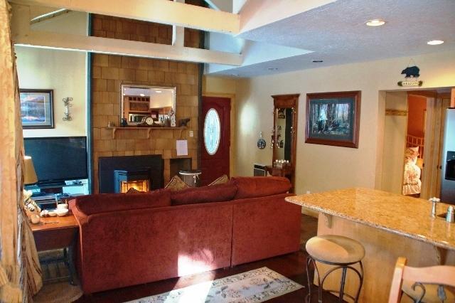 Cozy Condo at Bigwood - Listing #318 - Image 1 - Mammoth Lakes - rentals