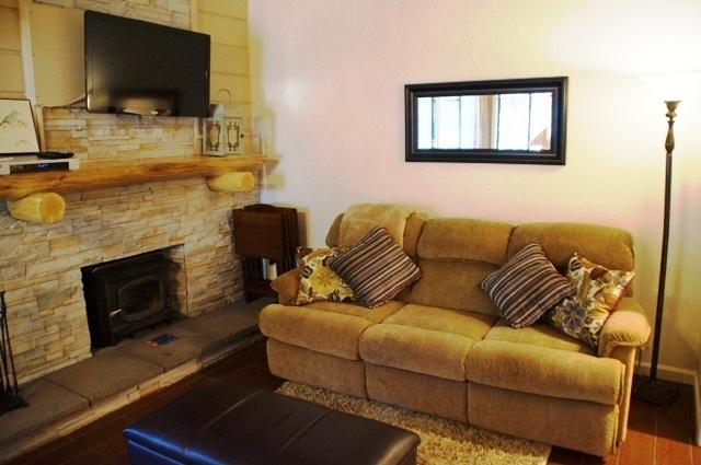 Mountain Shadows - Affordable & Cozy - Listing #277 - Image 1 - Mammoth Lakes - rentals