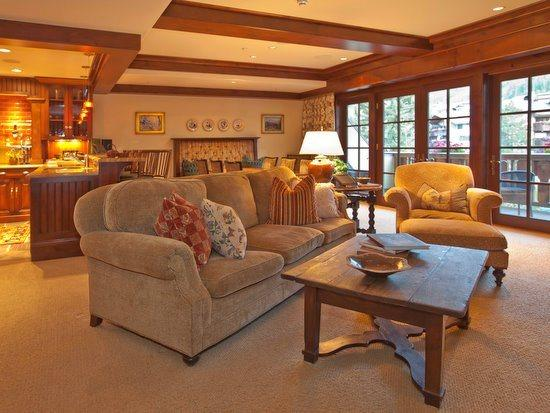 Great room with fireplace, flat screen TV, balcony with mountain views - Luxury accommodations at in the center of Vail Village and a short walk to the Gondola One Ski Lift. - Vail - rentals