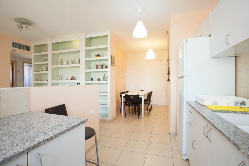 luxury 2 bedrooms & 1 bathrooms #33 - Image 1 - Ra'anana - rentals