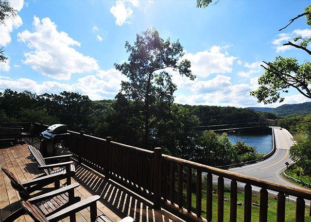 View - Pinnacle Retreat - McHenry - rentals