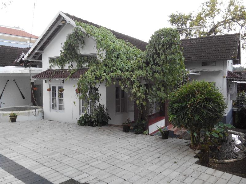 Fenn Hall - FennHall- A 70yr old Christian Home in Kerala - Kottayam - rentals