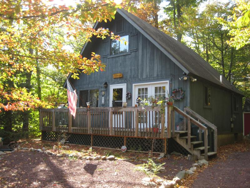 Welcome to our home. Warm, cozy and inviting - Cozy Swiss Chalet in heart of the Pocono Mountains - Poconos - rentals