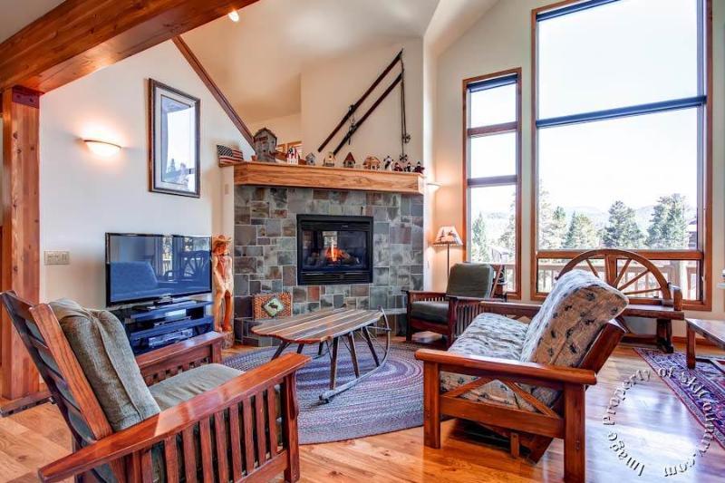 Alpine Vista Chalet by Ski Country Resorts - Image 1 - Breckenridge - rentals