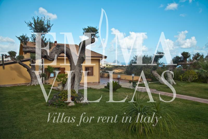 Villa Iris 10 - Image 1 - Palermo - rentals