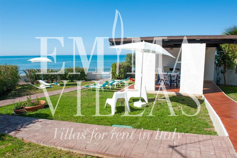 Villa Mediterranea 8 - Image 1 - Ragusa - rentals