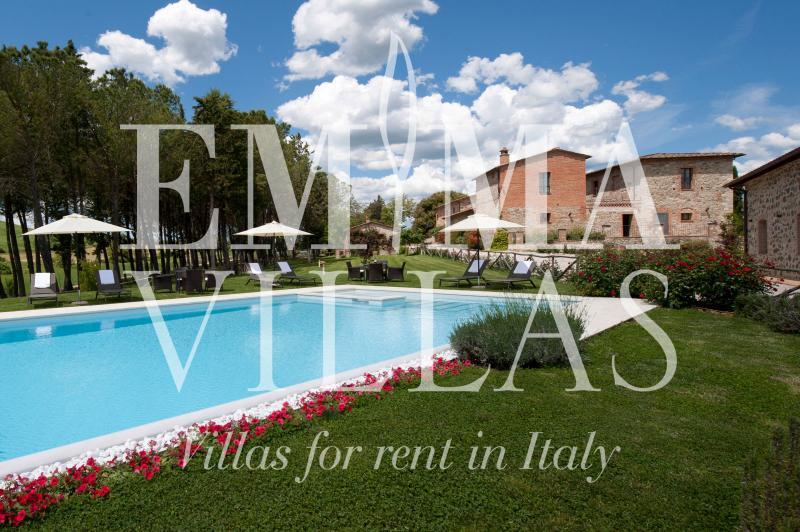 Podere Bellaria 16+4 - Image 1 - Siena - rentals