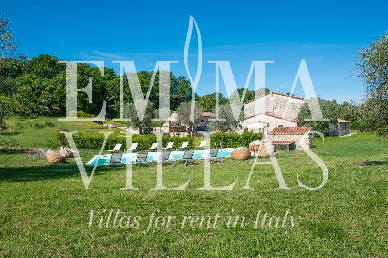 Breathtaking Views at Fonte Cannella Tuscan Vacation Villa - Image 1 - Grosseto - rentals