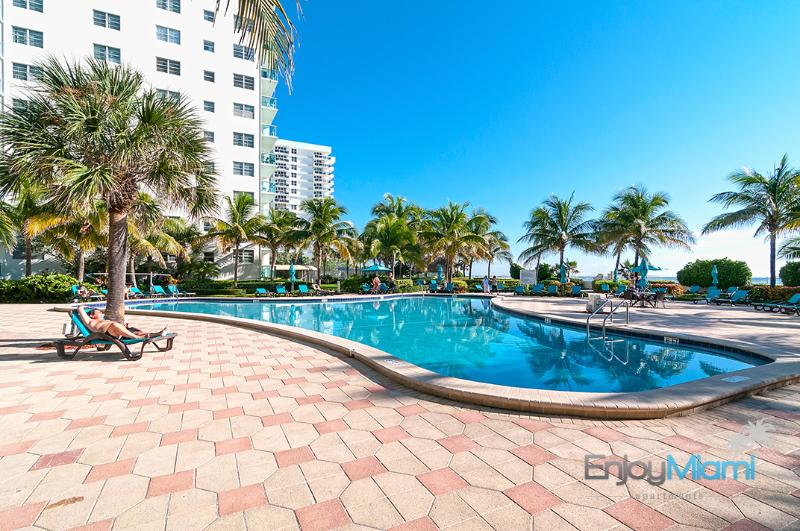 Ocean View Beautiful Condo in Hollywood Beach - 1B - Image 1 - Hollywood - rentals
