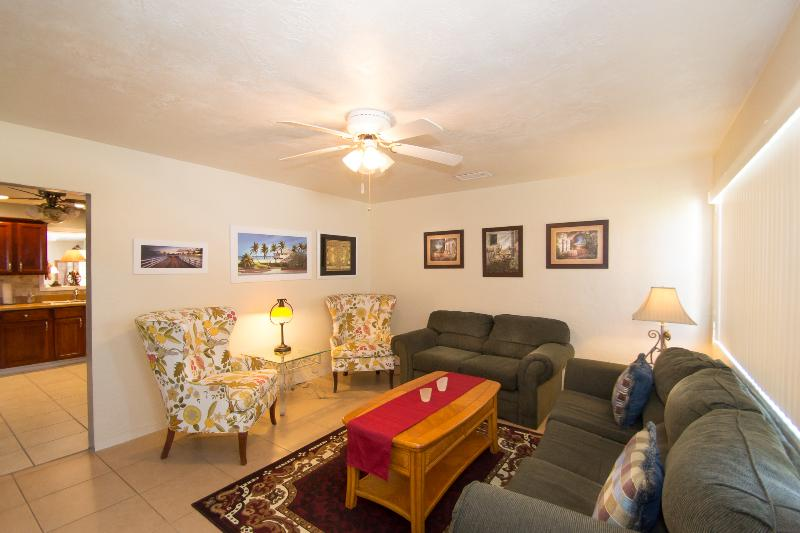 Cozy Sitting Room for much needed relaxation. - Dec/Jan Home $pecial - Vacation Home #384 - Daytona Beach - rentals