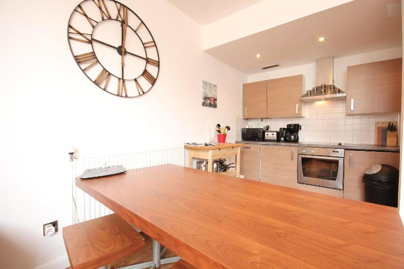 Wide dining area - Designer 3 BR - Central London - Fantastic View - London - rentals