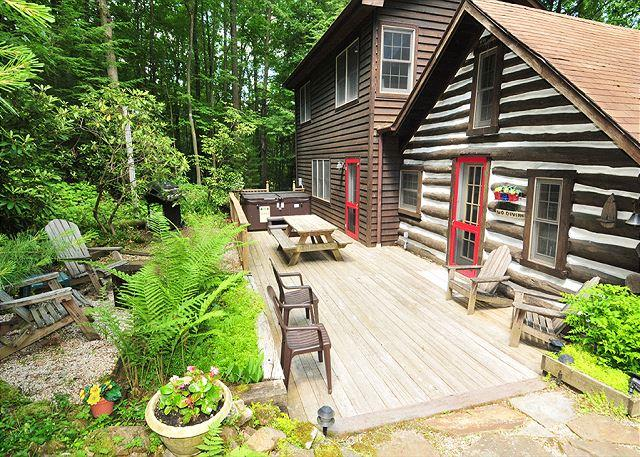 Back Deck - Tucked Inn - Swanton - rentals