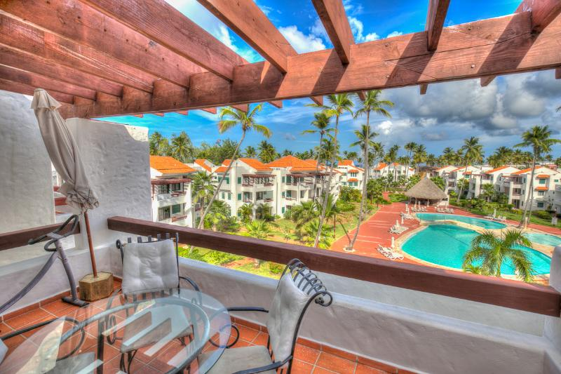 Neat 2 Bedroom Apartment next to the Beach S-I401 - Image 1 - Bavaro - rentals