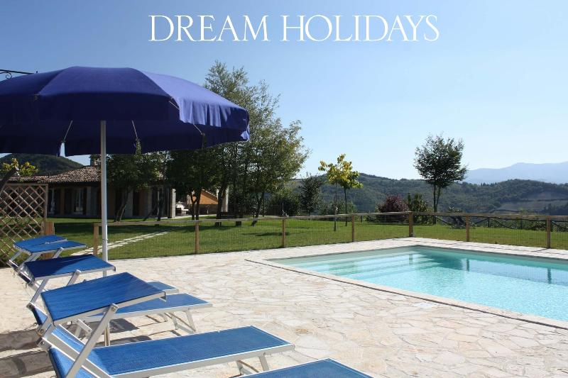 Private villa,11 sleeps, pool, pet-friendly, wi-fi - Image 1 - Fermignano - rentals