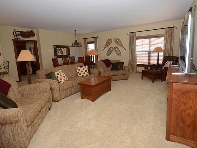 Soaring Eagle 204:  6 Bedrooms.  4.5 Baths.  Ski In/Ski Out - Soaring Eagle - 204 - Snowshoe - rentals