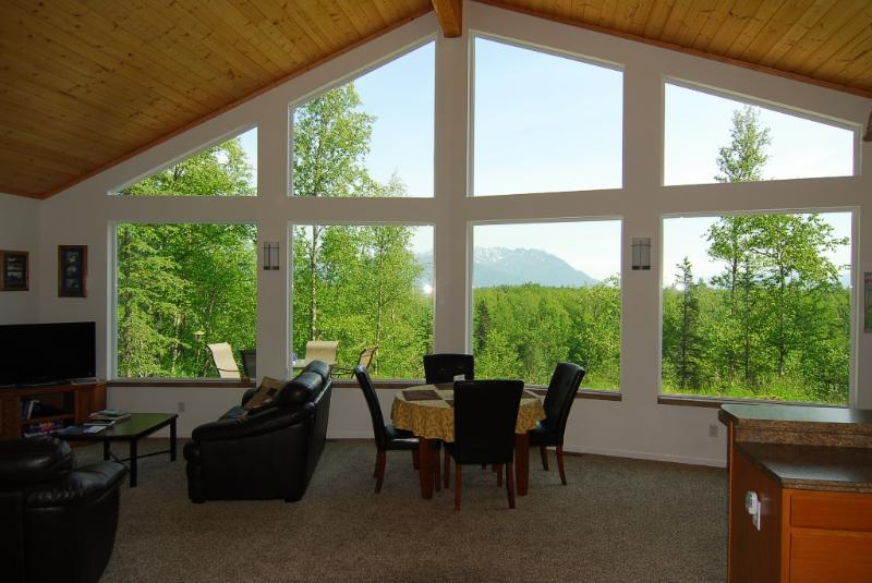 Home with a View! - Rose Ridge: Upscale Cottage with a view! - Palmer - rentals