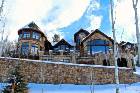 This Magnificent 14,000 Sq Foot Ski In/Ski Out Home in Beaver Creek - Ranked As One of Americas Top Ten Ski Homes in 2010 by CNBC - 7BR Ski In/Ski Out Home in Exclusive Gated Community - Edwards - rentals