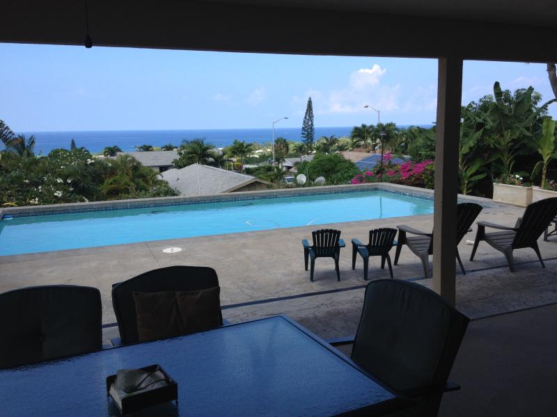 OCEAN VIEW HOUSE WITH ITS OWN PRIVATE POOL AND JACUZZI - Image 1 - Kailua-Kona - rentals