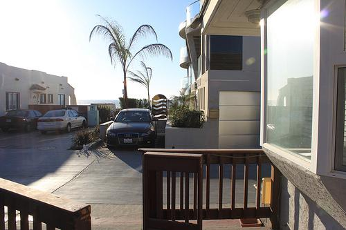 from porch facing ocean - 714 Ostend Court - San Diego - rentals