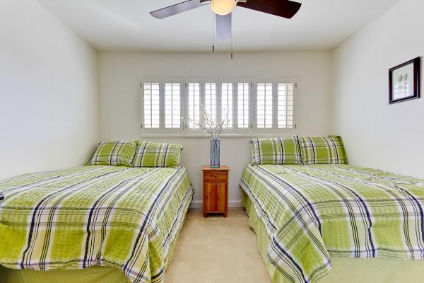 2nd bedroom full beds - 3696 Bayside Walk #C - Pacific Beach - rentals