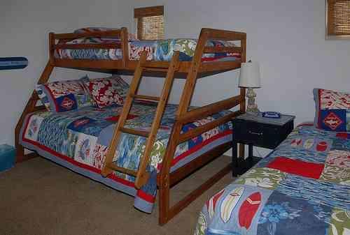 3rd bedroom bunks - 3650 Bayside Walk - Pacific Beach - rentals
