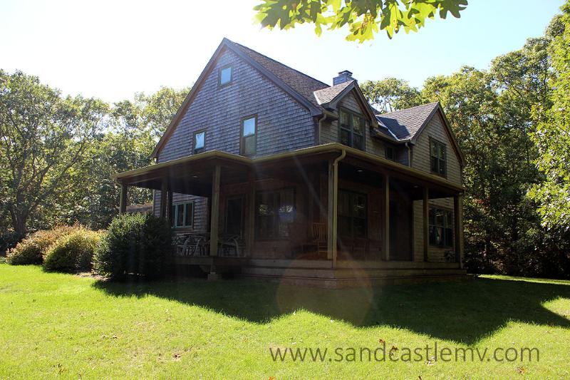 933 - WALK TO PRIVATE ASSOCIATION BEACH FROM THIS BEAUTIFUL PRIVATE HOME - Image 1 - Vineyard Haven - rentals