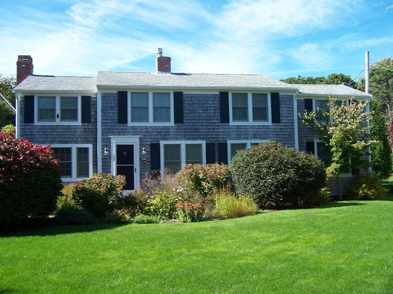 Front view - Super spacious home near Saquatucket Harbor - Harwich Port - rentals