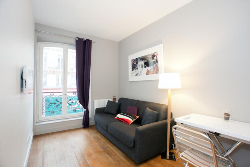 Apartment for 2 Near Louvre Museum - Image 1 - Paris - rentals