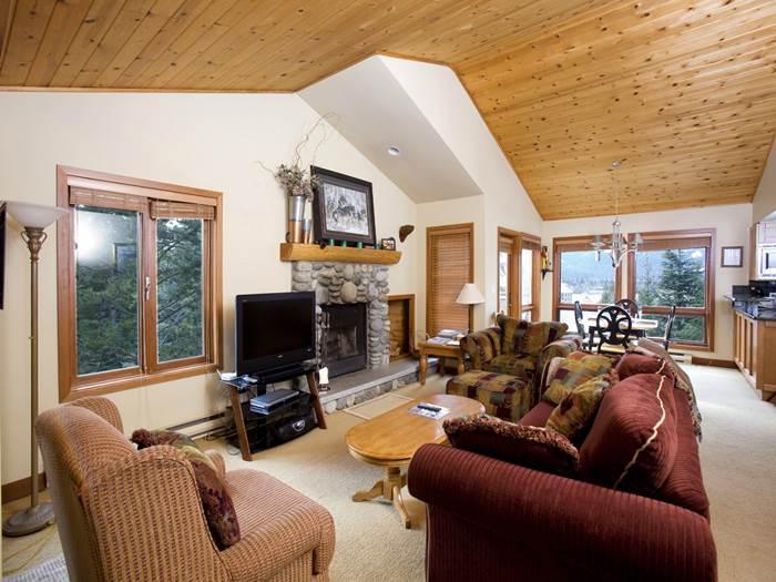 Cedar Hollow #0304 - Image 1 - Whistler - rentals