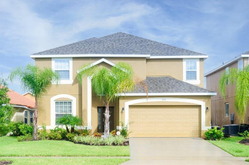 VERANDA PALMS RESORT - Spectacular 2515- 6 bedroom Home/4.5 bath Fabulousi POOL,SPA,GAME ROOM. - Image 1 - Kissimmee - rentals