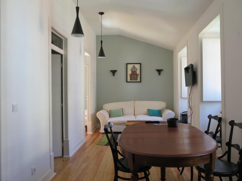 Living room #1 - Flores1876 Cool chic historic Lisbon restored flat - Lisbon - rentals