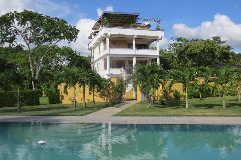 The Villa - Avana Villa- Penthouse - San Ignacio - rentals
