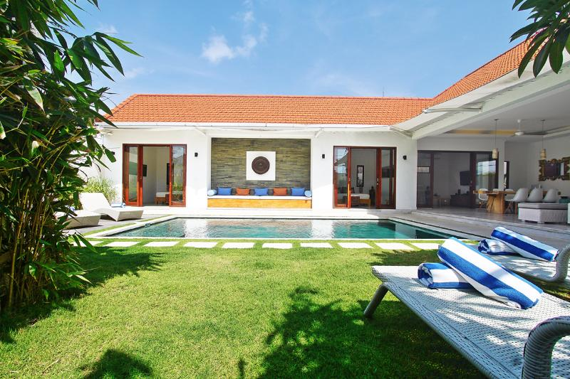 Garden - 3 bedroom private pool villa seminyak - Seminyak - rentals