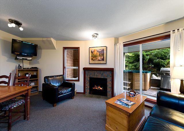 """We were delighted with the standard of the accommodation. Trevor and his team were helpful and friendly."" - 69 Glaciers Reach this 2br home has a hot tub & pool in Whistler Village - Whistler - rentals"