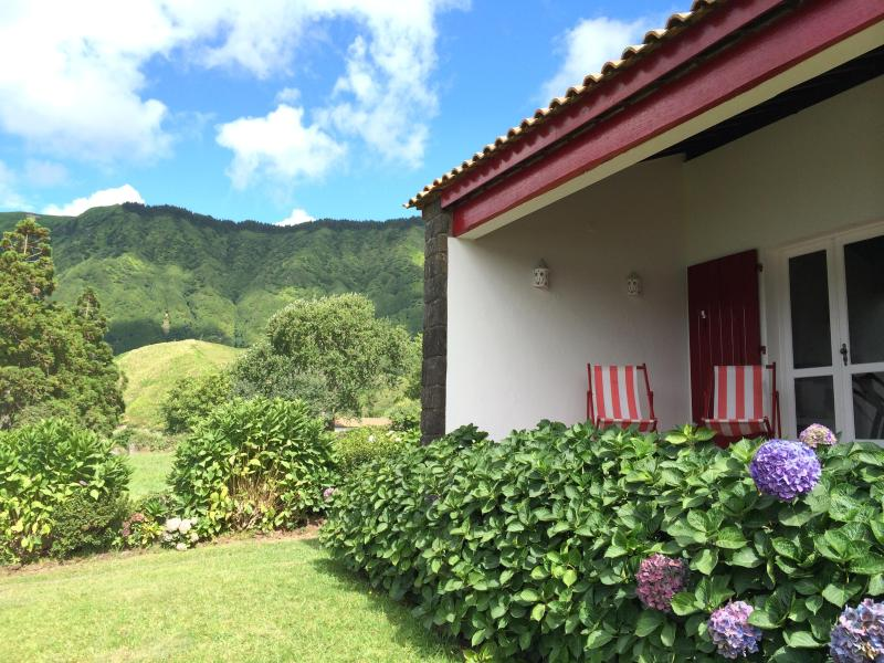 LAKE COTTAGE Self-Catering, São Miguel - Image 1 - Ponta Delgada - rentals