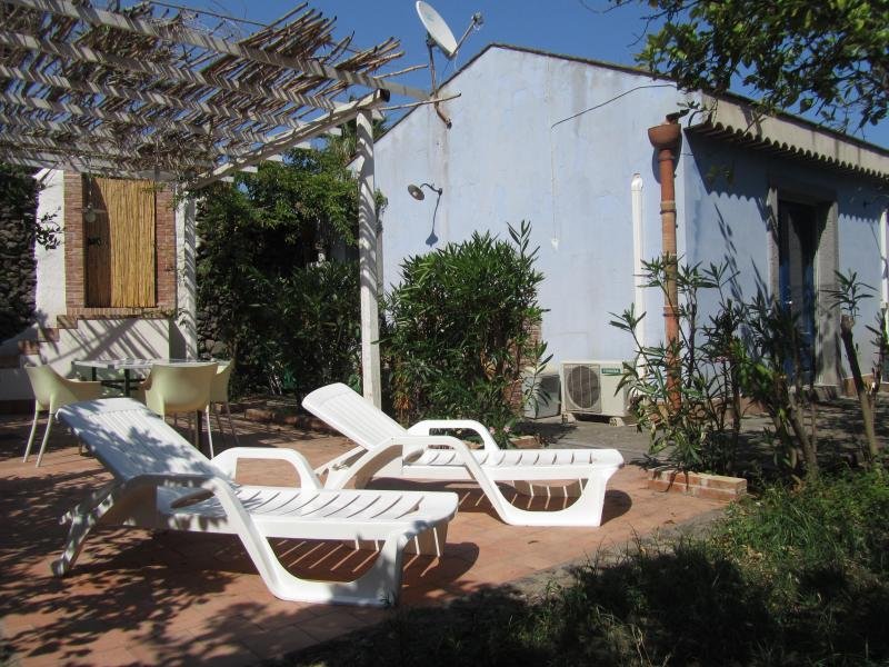 Facade of the house - House Aromas and citrus in nature reserve Timpa - Acireale - rentals