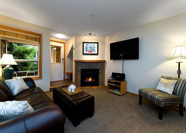 """We were delighted with the standard of the accommodation. Trevor and his team were helpful and friendly."" - 88 Glaciers Reach this 2br home has a hot tub & pool in Whistler Village - Whistler - rentals"