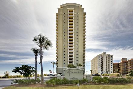 Colonnades #302, three beds, 3 baths that sleeps 9 - Image 1 - Gulf Shores - rentals