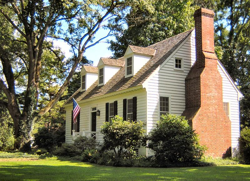The Cottage chimney is an exact replica of one we admired on a house in Colonial Williamsburg. - Romantic Getaway Cottage with Fireplace/River View - Yardley - rentals
