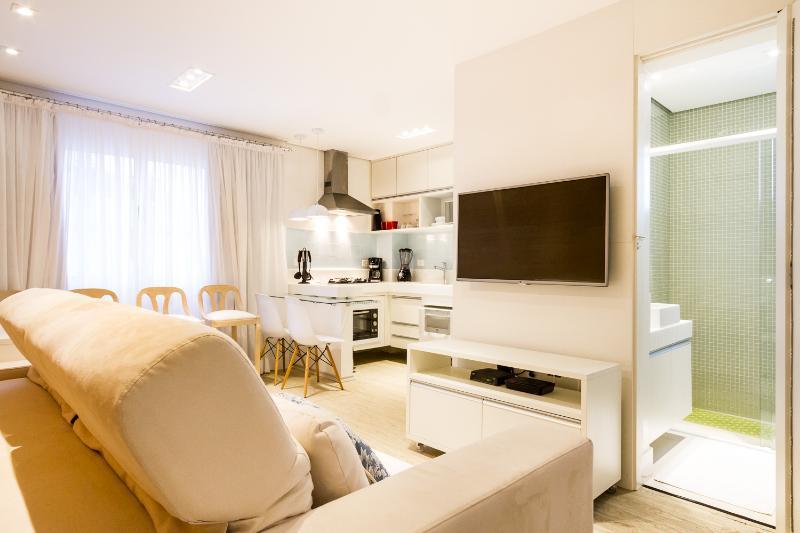 Beautiful 2 Bedroom Apartment in Jardins - Image 1 - Sao Paulo - rentals