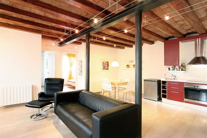 Sunny and central apartment - Image 1 - Barcelona - rentals