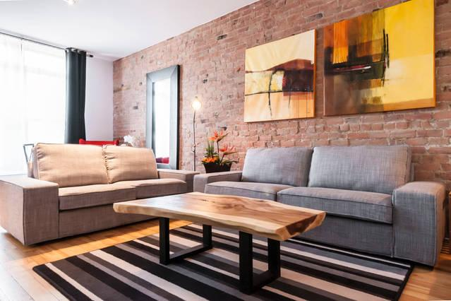 AMAZING LOCATION: right accross Mont-Royal Metro station! - Amazing Location: Metro Mont-royal ! Sleeps 10. - Montreal - rentals