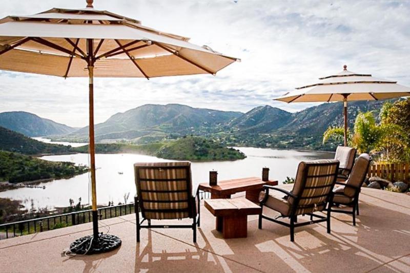 Stunning dog-friendly villa w/lake views, private hot tub & pool and game room! - Image 1 - Escondido - rentals