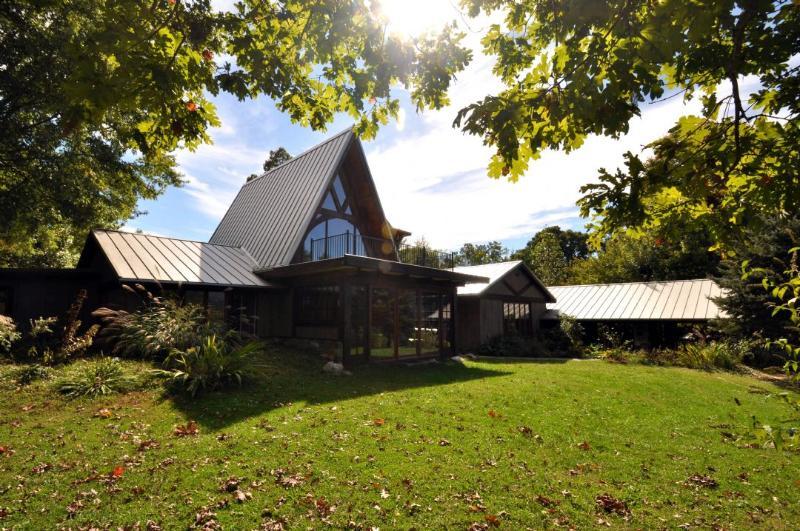 Exterior ~ Bullhead Mountain Lodge - Bullhead Mountain Lodge - Black Mountain - rentals