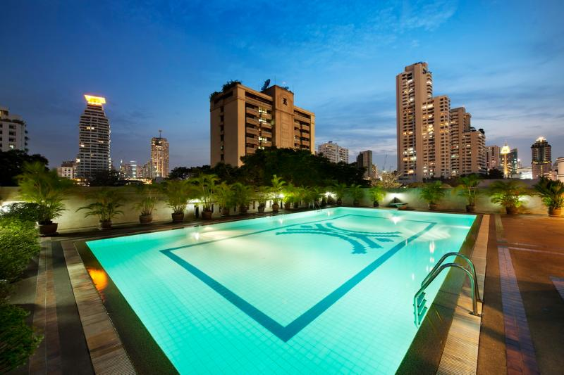 3 BR Apartment BTS Sukhumvit FREE BREAKFAST & WiFi - Image 1 - Bangkok - rentals