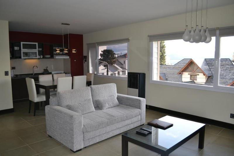 "Luxury apartment with lake view in the city center ""San Martin"" - Image 1 - San Carlos de Bariloche - rentals"