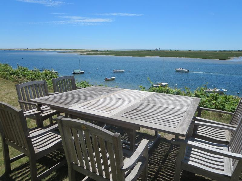 Outside dining with a 5 star view at the Bluff! - 30 Seabeach Road Chatham Cape Cod New England Vacation Rentals - 30 Seabeach Road Chatham Cape Cod - The Bluff House - Chatham - rentals